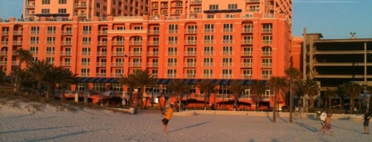 Hyatt Regency Clearwater Beach Resort And Spa is one of Lieux qui ont plu à Al.