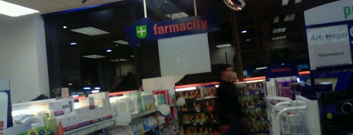Farmacity is one of Locais curtidos por Any.