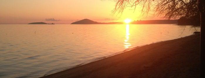 Pinar Otel beach club is one of Cem'in Kaydettiği Mekanlar.