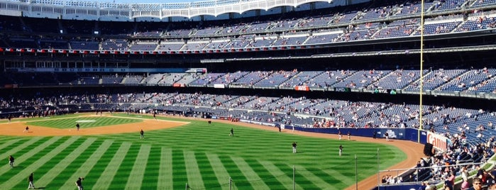 Yankee Stadium is one of Orte, die The Cheeky gefallen.