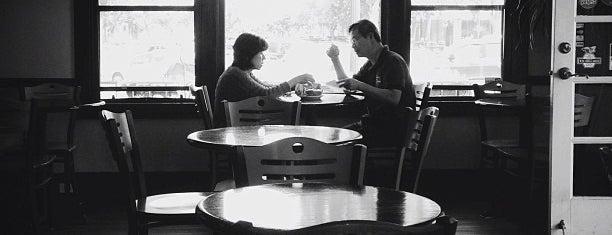 Cafe Sorriso is one of Orte, die Jamie gefallen.