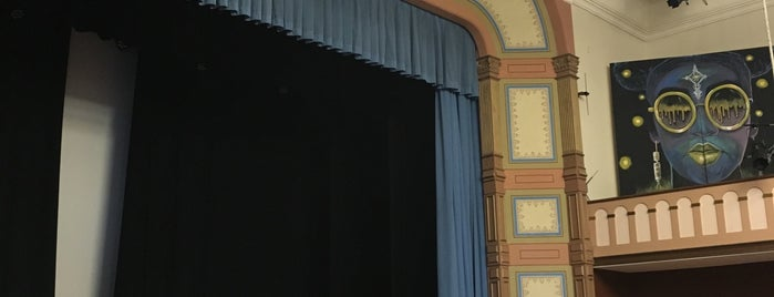 Bayview Opera House Ruth Williams Memorial Theatre is one of squeasel 님이 저장한 장소.