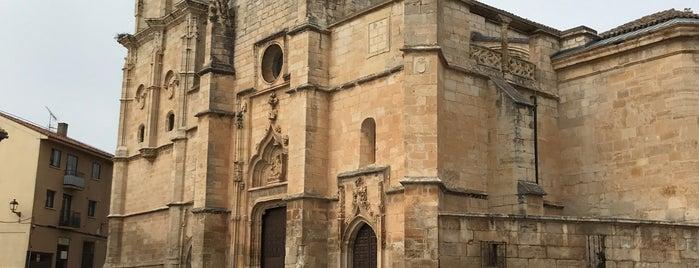 Iglesia de Santa Maria Magdalena is one of สถานที่ที่ Miguel ถูกใจ.