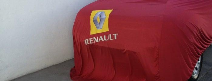 Renault Cuernavaca is one of Locais curtidos por Adr.