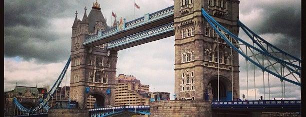 타워 브리지 is one of London Pleasures.