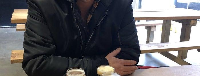 Black Kettle Brewing is one of Tempat yang Disimpan Dan.