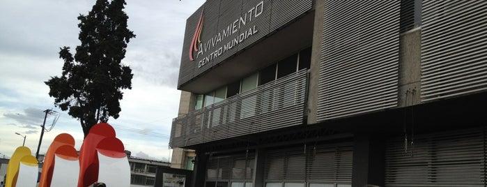 Centro Mundial de Avivamiento is one of Aquí Se debería Poder Rayar las Paredes.