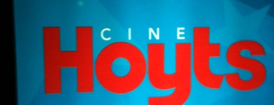 Hoyts is one of MIS LUGARES HABITUALES.