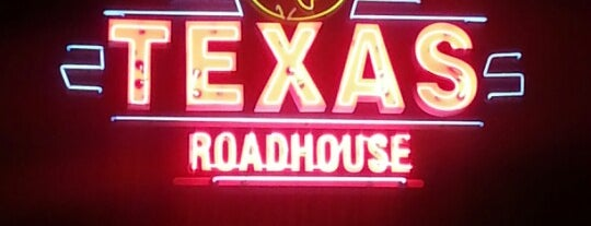 Texas Roadhouse is one of Nicholasさんのお気に入りスポット.