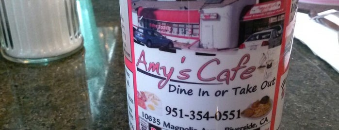 Amy's Cafe is one of riverside-bars.