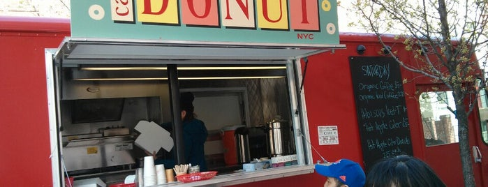 Carpe Donut NYC is one of Food Trucks.