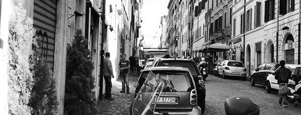 Via del Boschetto is one of Hipster Rome.