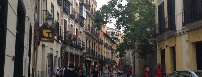 Calle de la Cava Baja is one of Madrid 👫.