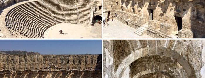 Aspendos Antik Tiyatrosu is one of สถานที่ที่ Erkan ถูกใจ.