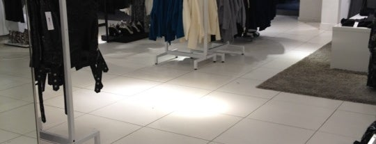 Gina Tricot is one of Berlín - Shopping.