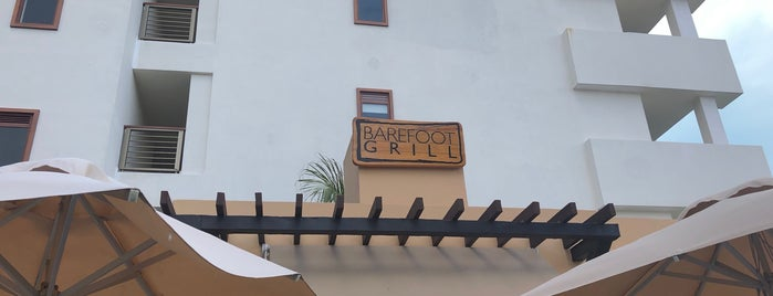 Barefoot Grill is one of Tempat yang Disukai Jesús Ernesto.