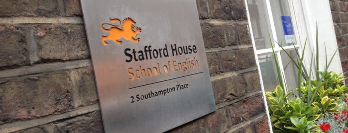 Stafford House School Of English is one of Locais curtidos por Burak.