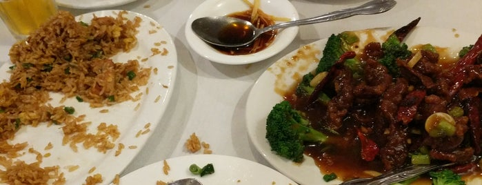 Yang Chow Restaurant is one of CALIFORNIA\VEGAS_ME List.
