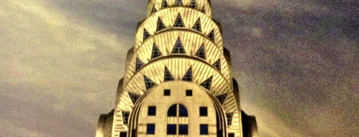 Chrysler Building is one of Posti salvati di Zach Aarons.