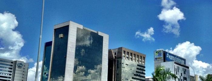 Setor Bancário Norte (SBN) is one of สถานที่ที่ Henrique ถูกใจ.