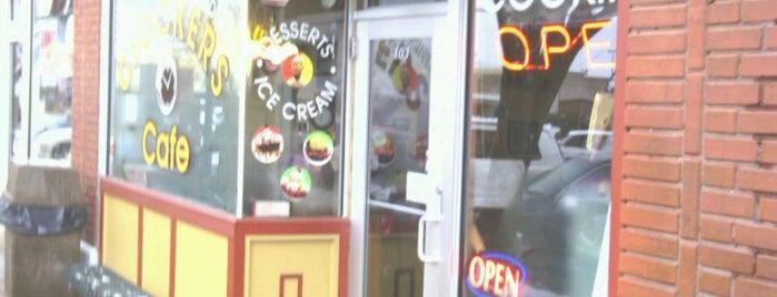 Clocker's Cafe is one of Lieux sauvegardés par Lizzie.