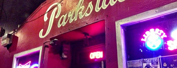 Thee Parkside is one of Lugares favoritos de Roy.