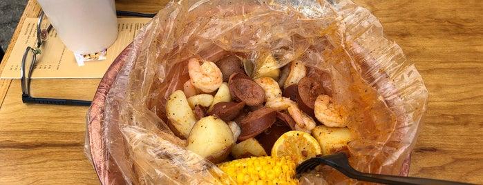 Savannah Seafood Shack is one of Savannah.