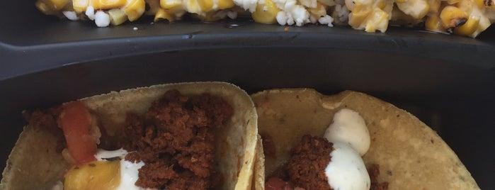 Mission Taco Food Truck is one of Tempat yang Disukai Nicole 🌸.