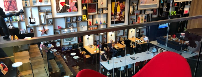 CitizenM Bowery is one of Locais curtidos por Jacobo.