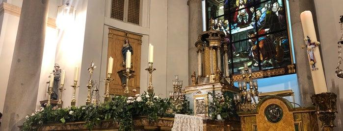 Real Oratorio del Caballero de Gracia is one of Madrid.