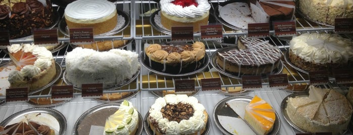 The Cheesecake Factory is one of Must-visit Food in Omaha.