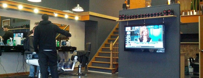2nd Level Barbershop is one of Lugares favoritos de Red & Brown.