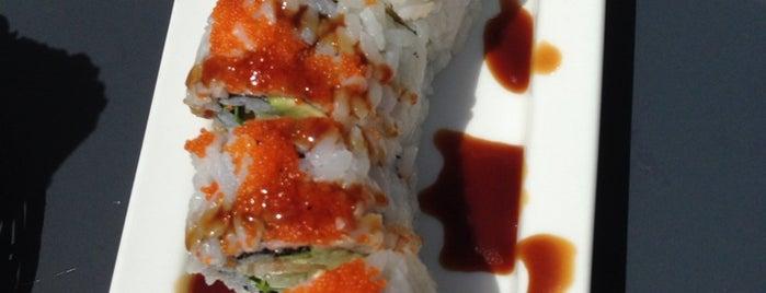 Sake Sushi is one of Locais curtidos por Fikret.