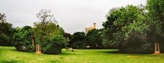 Mendelssohn-Bartholdy-Park is one of Berlin.