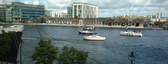 Grand Canal Wharf is one of Orte, die josef gefallen.
