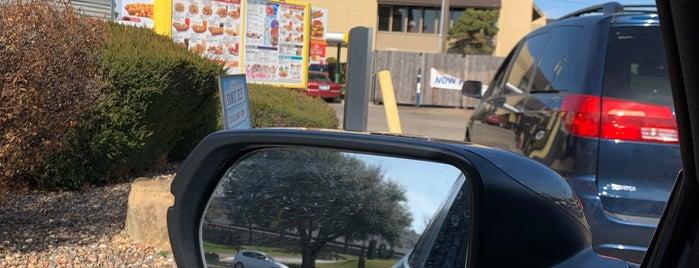 Sonic Drive-In is one of Sheila : понравившиеся места.