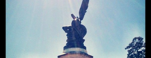 Monumento del Ángel Caído is one of Madrid.