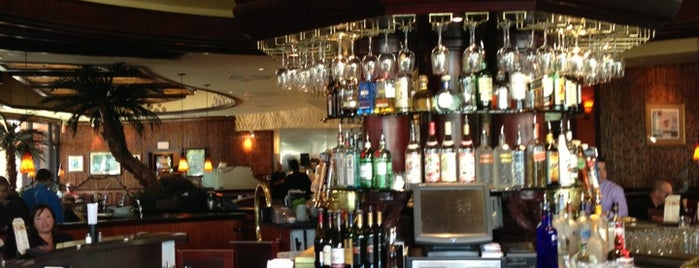 Elephant Bar is one of Lieux qui ont plu à Harumi.