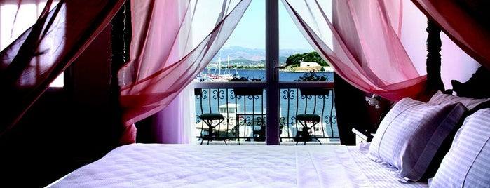 Pera Hotel is one of Urla.