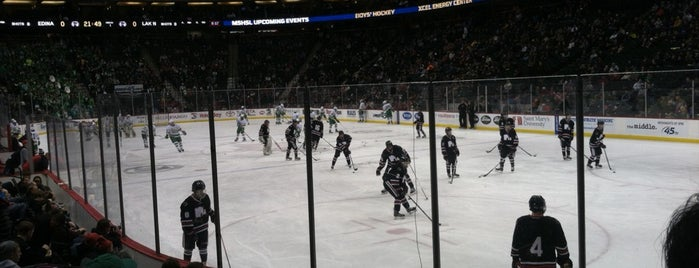 MSHSL Boys' State Hockey Tournament is one of Lugares favoritos de Darcy.