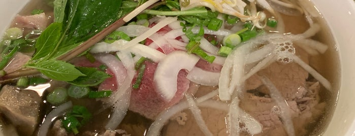 What The Pho is one of Lieux qui ont plu à Ray.