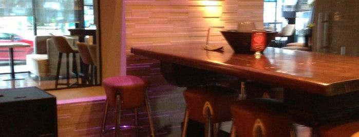 Au Bar is one of Γιάννενα 🇬🇷.