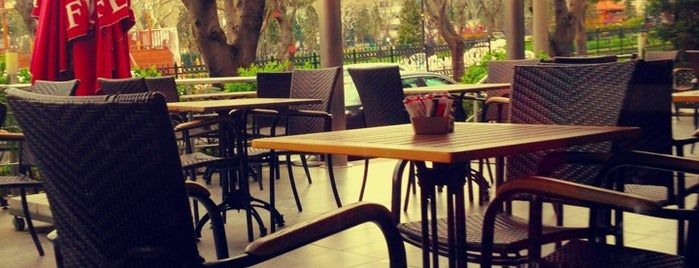 Café London is one of Istanbul to-do list.