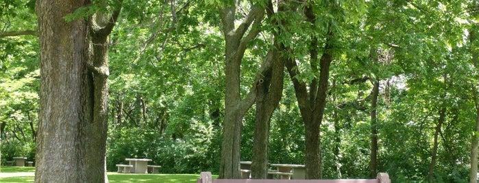 Highland Park is one of Selena: сохраненные места.
