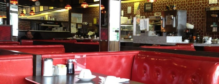Golden House Restaurant & Pancake House is one of Chicago Part II.