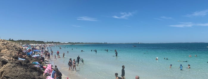 Coogee Beach is one of Otavioさんのお気に入りスポット.