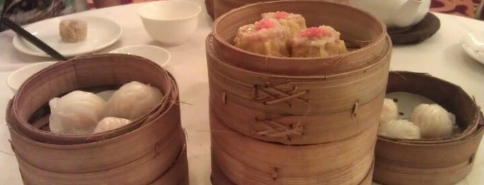 Sense Restaurant - Hongkong Dimsum is one of Dinner @ Jakarta.