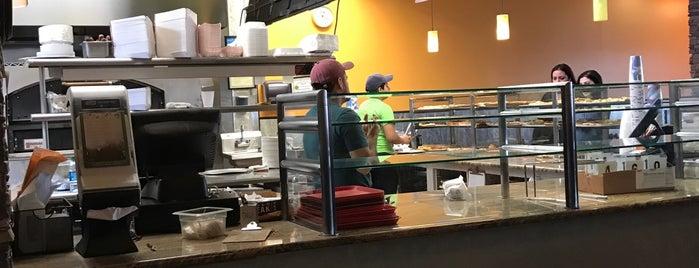 Pizza Plaza is one of Paul'un Beğendiği Mekanlar.
