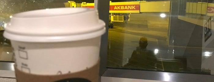 Starbucks is one of Posti che sono piaciuti a Mufide.
