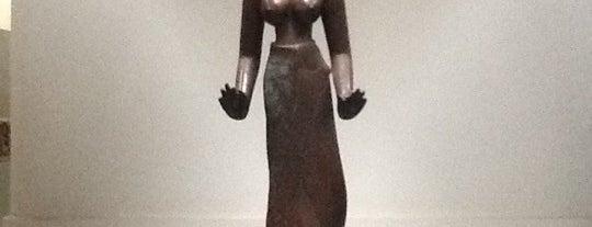 Bảo Tàng Điêu Khắc Chăm Đà Nẵng (Danang Museum of Cham Sculpture) is one of ベトナム*ダナン*ホイアン.